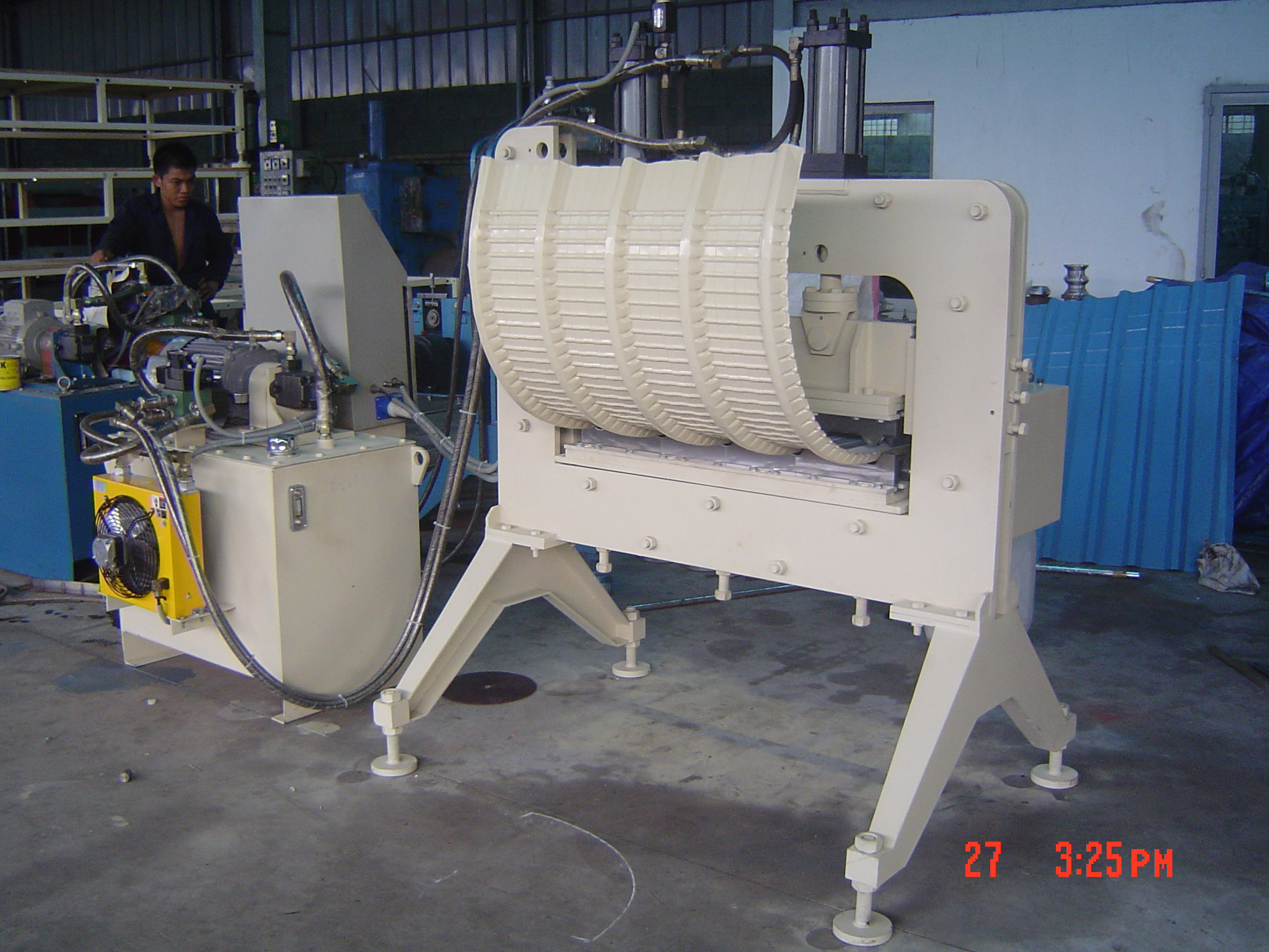 CRIMP CURVE MACHINE