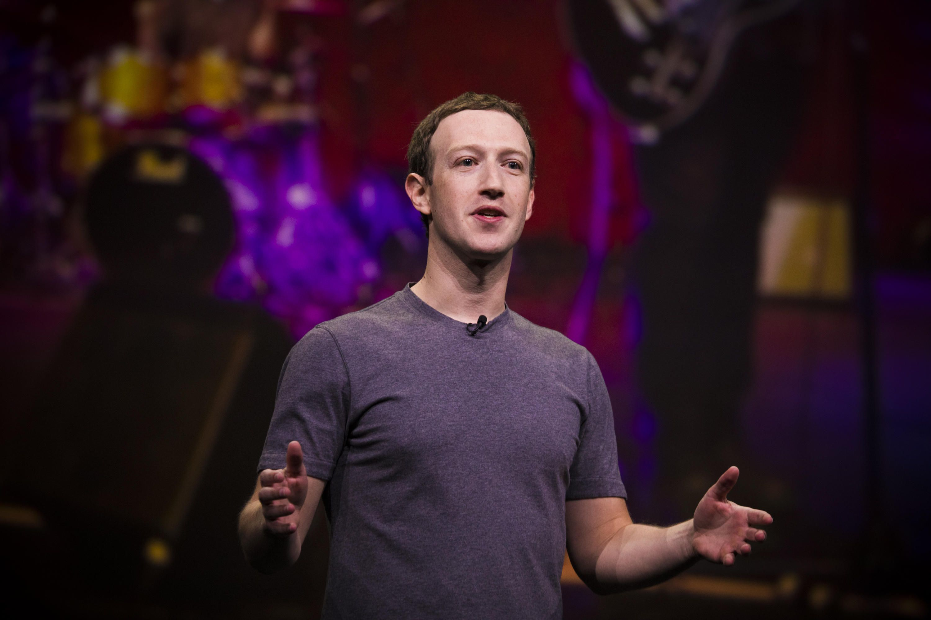 With two questions, Facebook is deciding the future of news